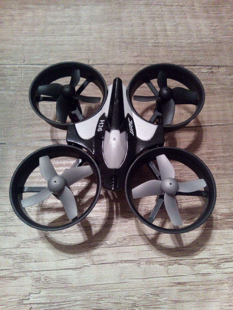 Odolný mini dron JJRC H36 Aliexpress